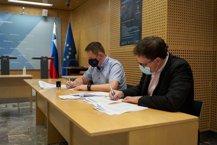 Podpis Dogovora o odpravi varčevalnih ukrepov